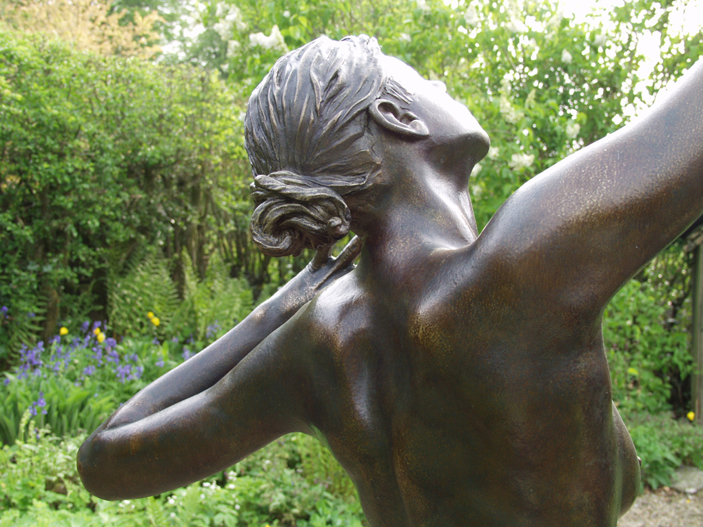 Life-size Nude woman Statue detail